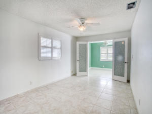 2030 Sw 19th Avenue Boynton Beach FL 33426