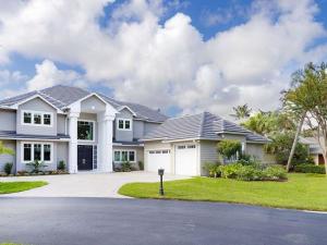 18169 SE Ridgeview Drive, Tequesta, FL 33469