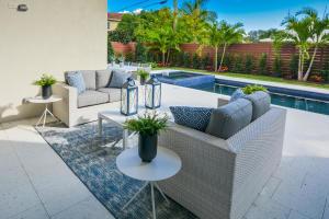 275 Ne 6th Court Boca Raton FL 33432