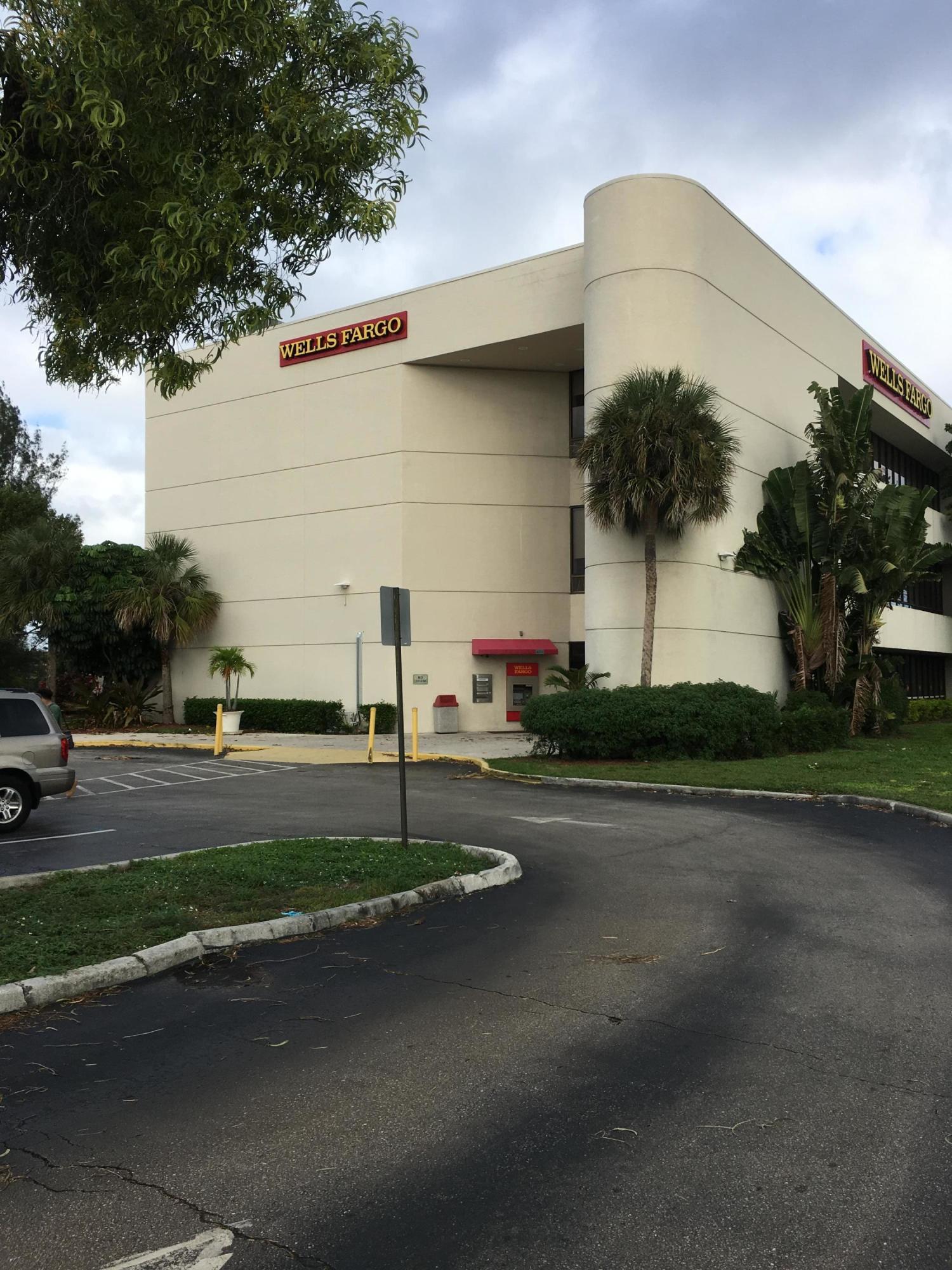 5849 Okeechobee Boulevard, West Palm Beach, Florida 33417, ,1 BathroomBathrooms,Commercial industrial,For Sale,Okeechobee,12,RX-10670163