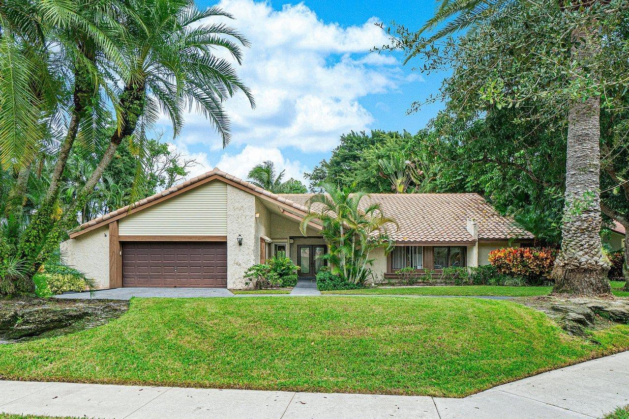 Photo of 20926 Cipres Way, Boca Raton, FL 33433