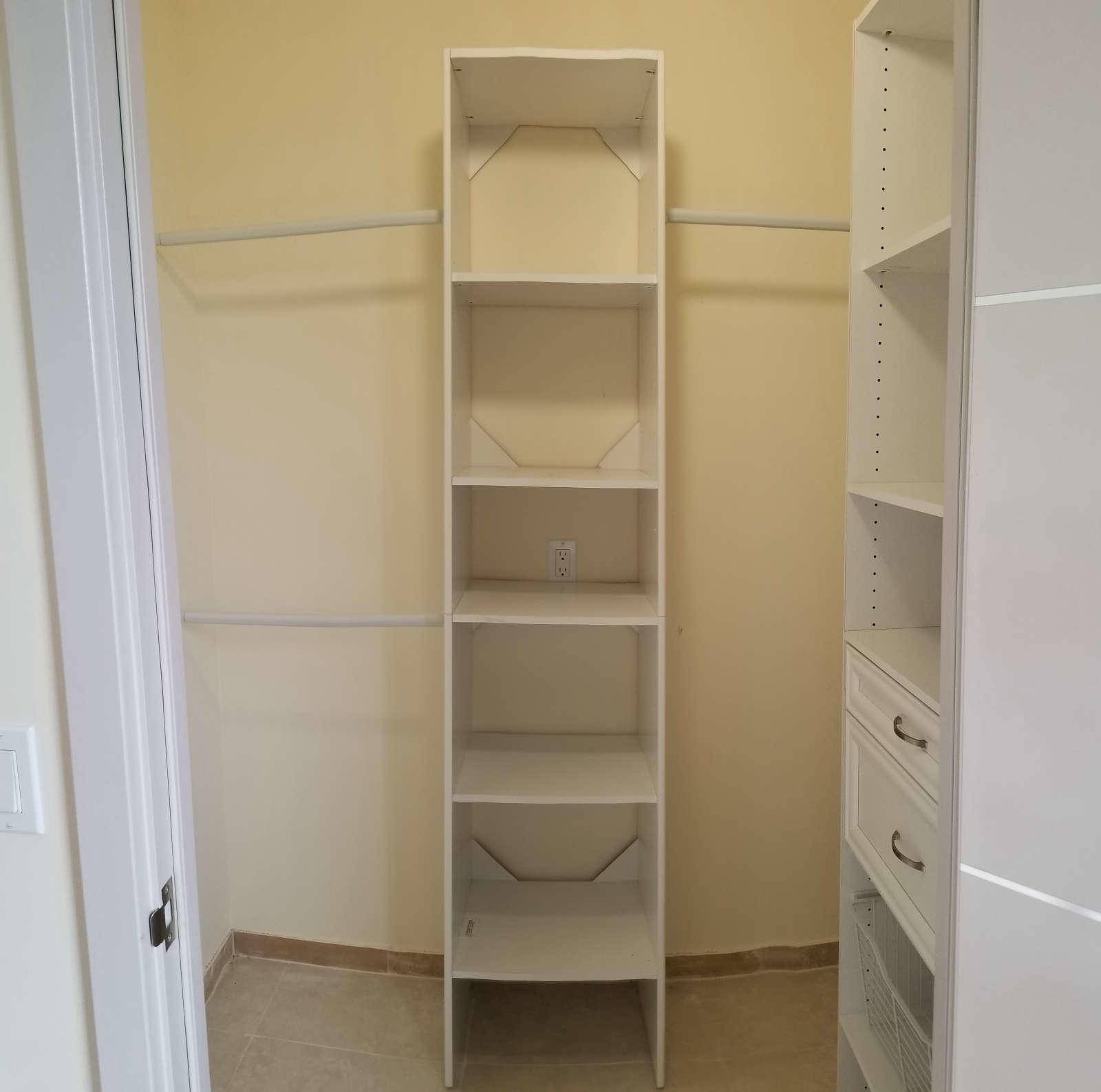 556 Burgundy L, Delray Beach, Florida 33484, 3 Bedrooms Bedrooms, ,2 BathroomsBathrooms,Condo/Coop,For Sale,Burgundy L,2,RX-10670927