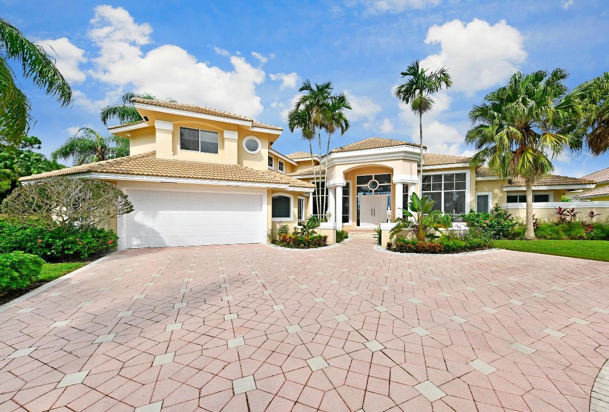 Listing Details for 8470 Egret Lakes Lane, West Palm Beach, FL 33412