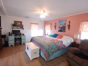 49013 Inauga Bay Boynton Beach FL 33436