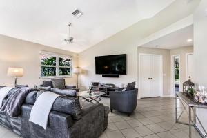 2144 Nw 52nd Street Boca Raton FL 33496