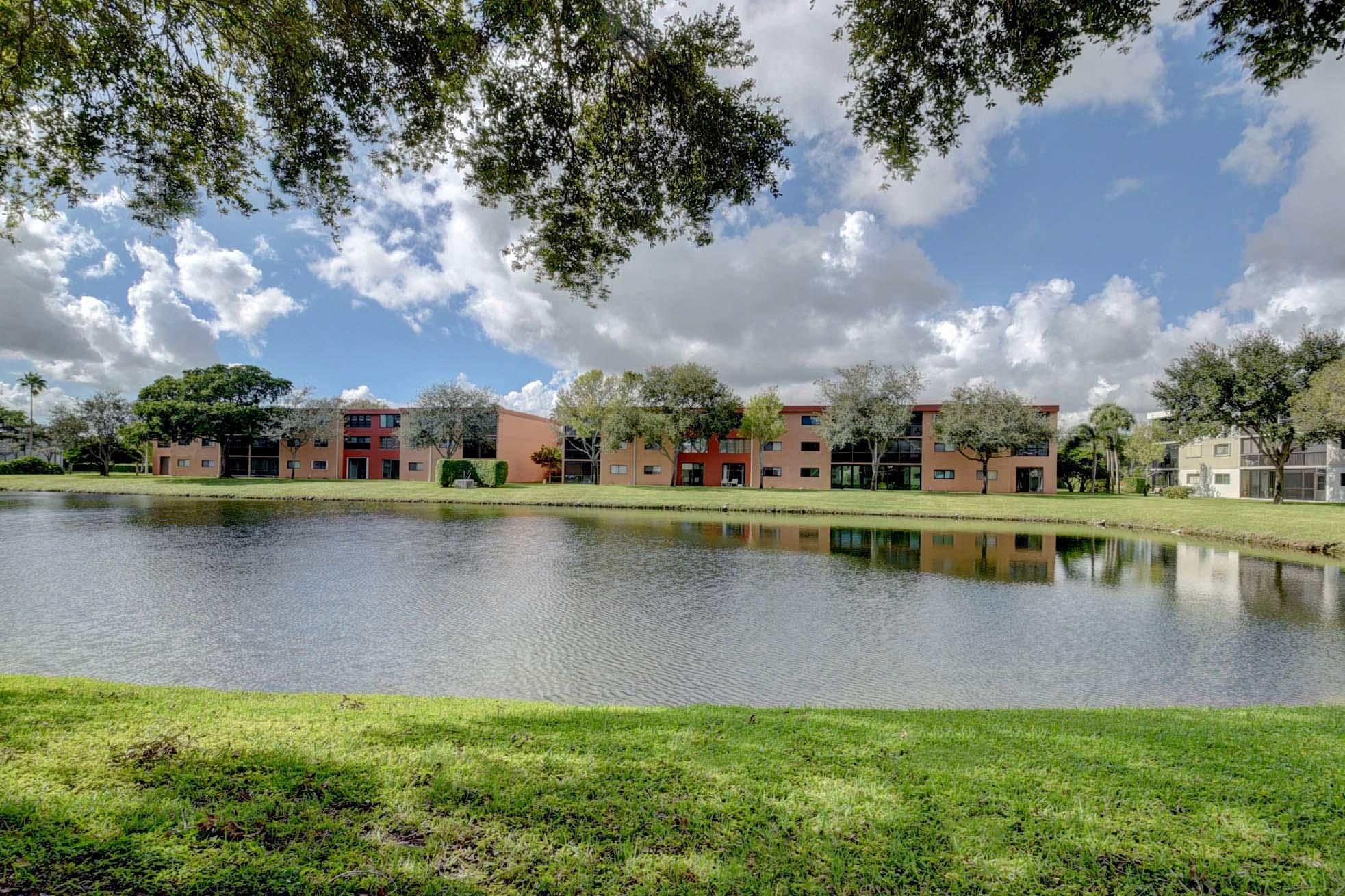 Details for 5550 Witney Drive 111, Delray Beach, FL 33484