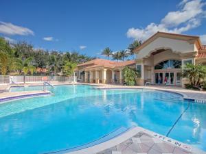 7880 New Holland Way Boynton Beach FL 33437