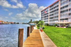 3100 S Ocean Boulevard 2220 For Sale 10673419, FL