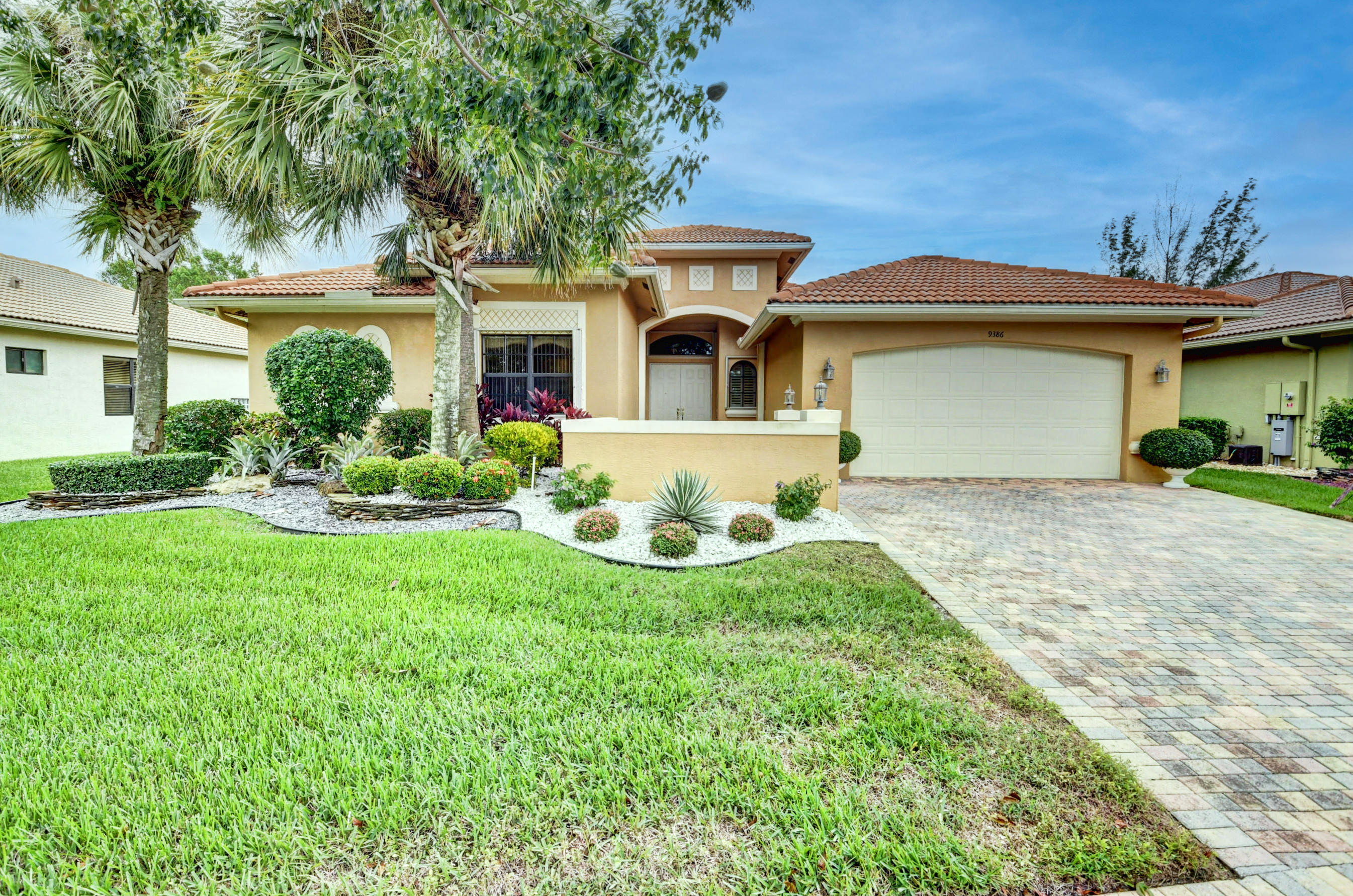 Photo of 9386 Isles Cay Drive, Delray Beach, FL 33446