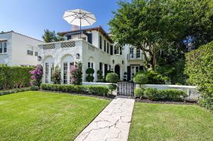 2413 Medina Way, West Palm Beach, FL 33401