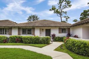 515 Club Drive, Palm Beach Gardens, FL 33418