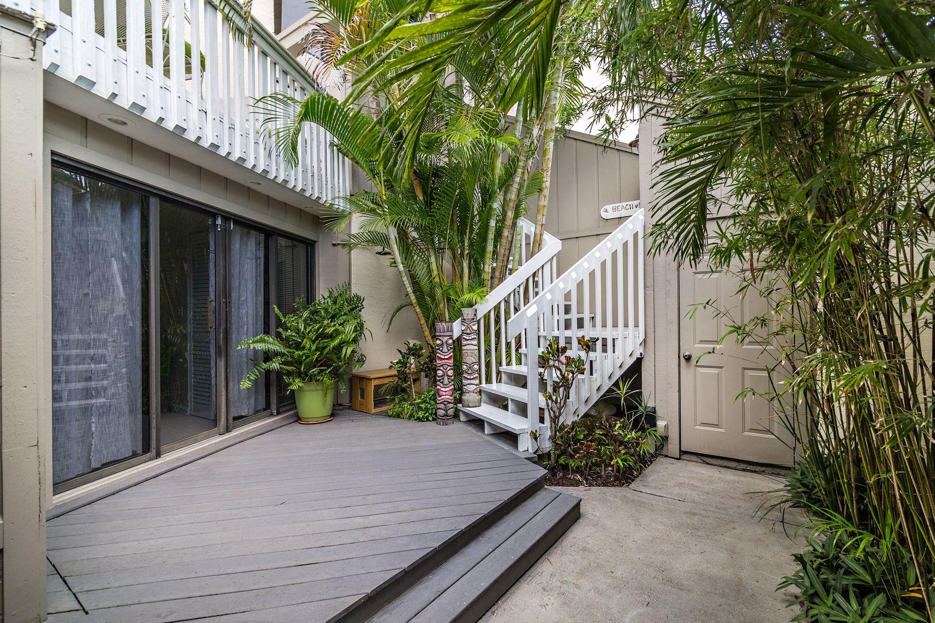 8G Private Courtyard