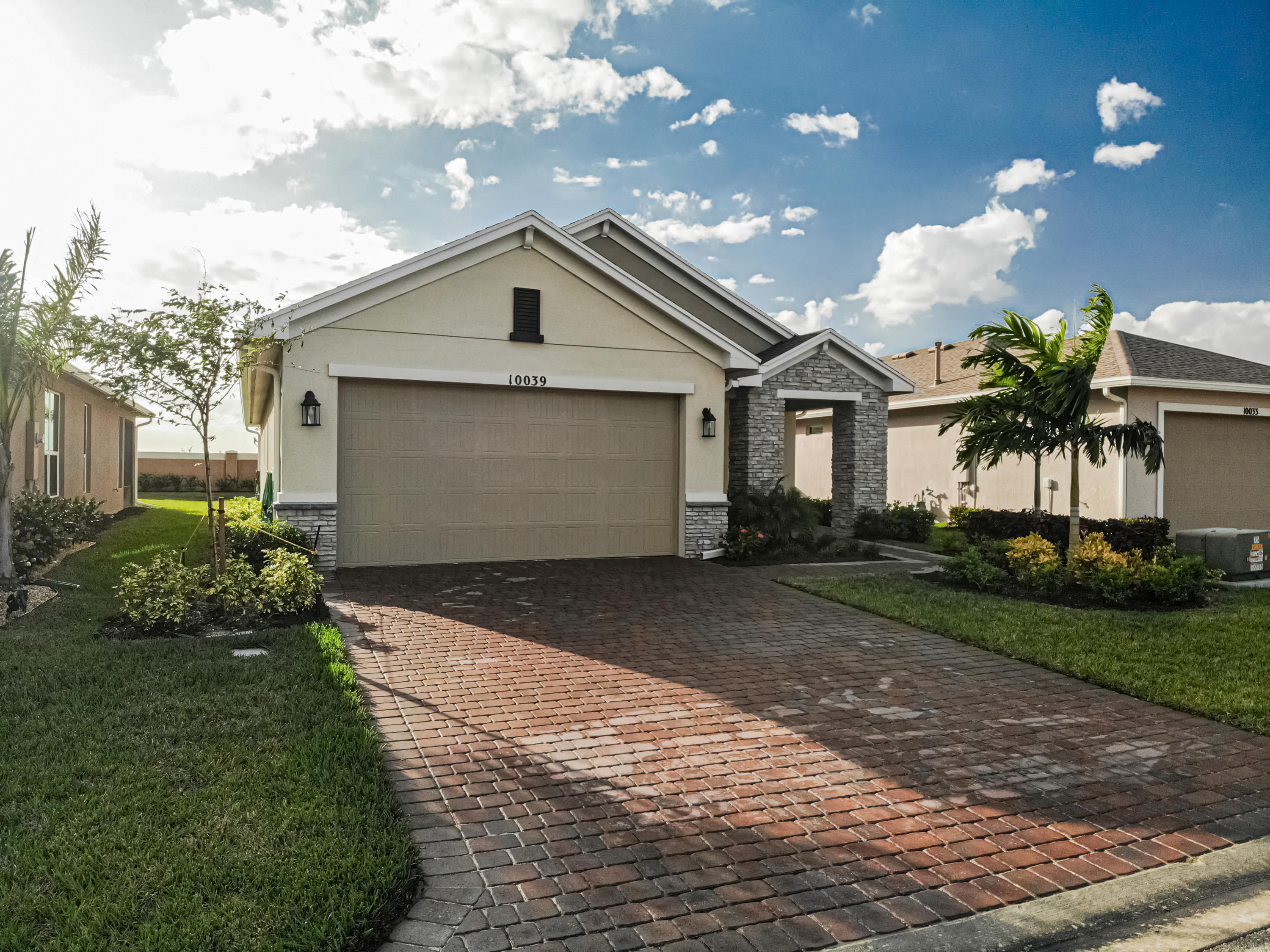 10039 Indian Lilac Trail Sw