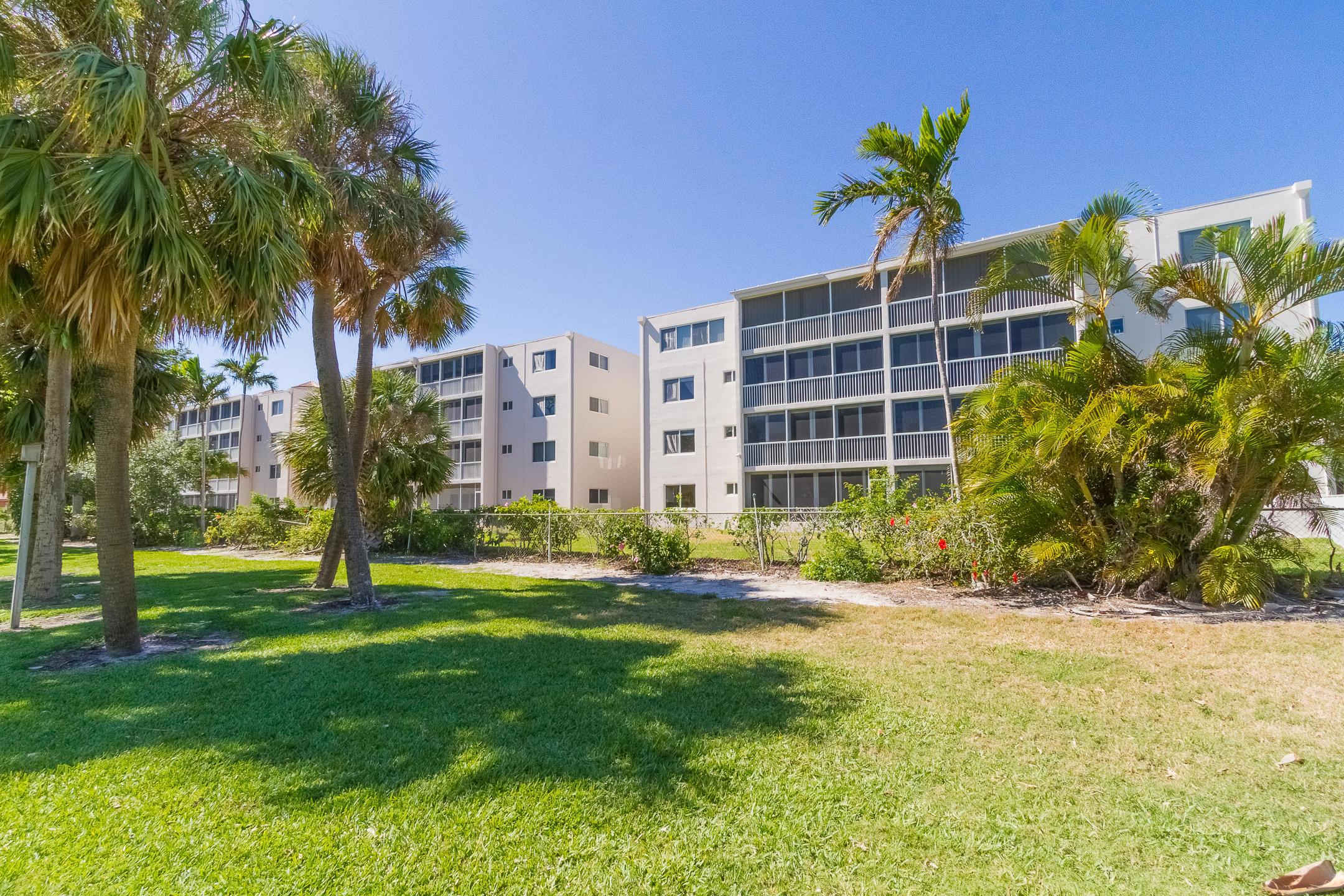 Details for 300 Royal Palm Road E 42b, Boca Raton, FL 33432