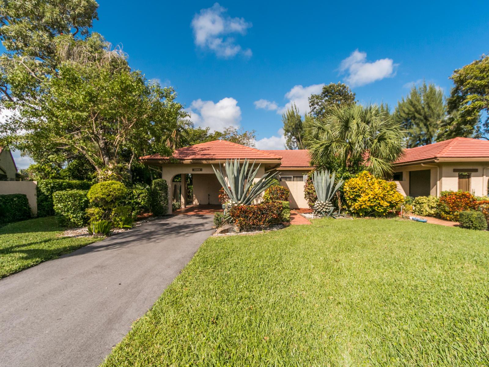 Photo of 8555 Casa Del Lago #40-A, Boca Raton, FL 33433