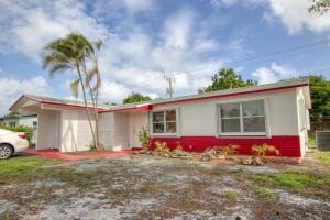 2540 N Seacrest Boulevard Boynton Beach FL 33435