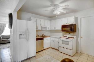 9140 Southampton Place Boca Raton FL 33434