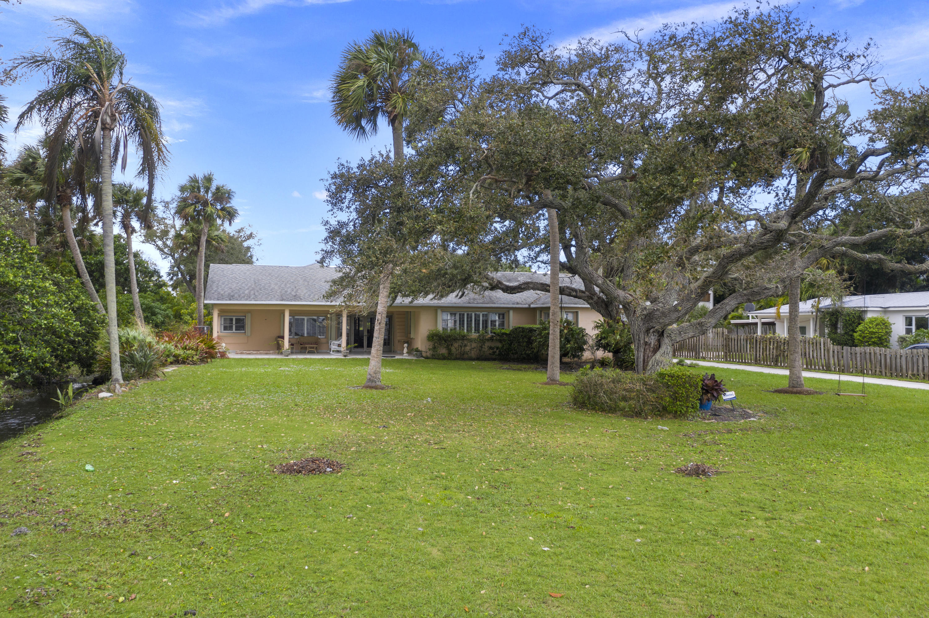 Image 57 For 2701 Indian River Drive N