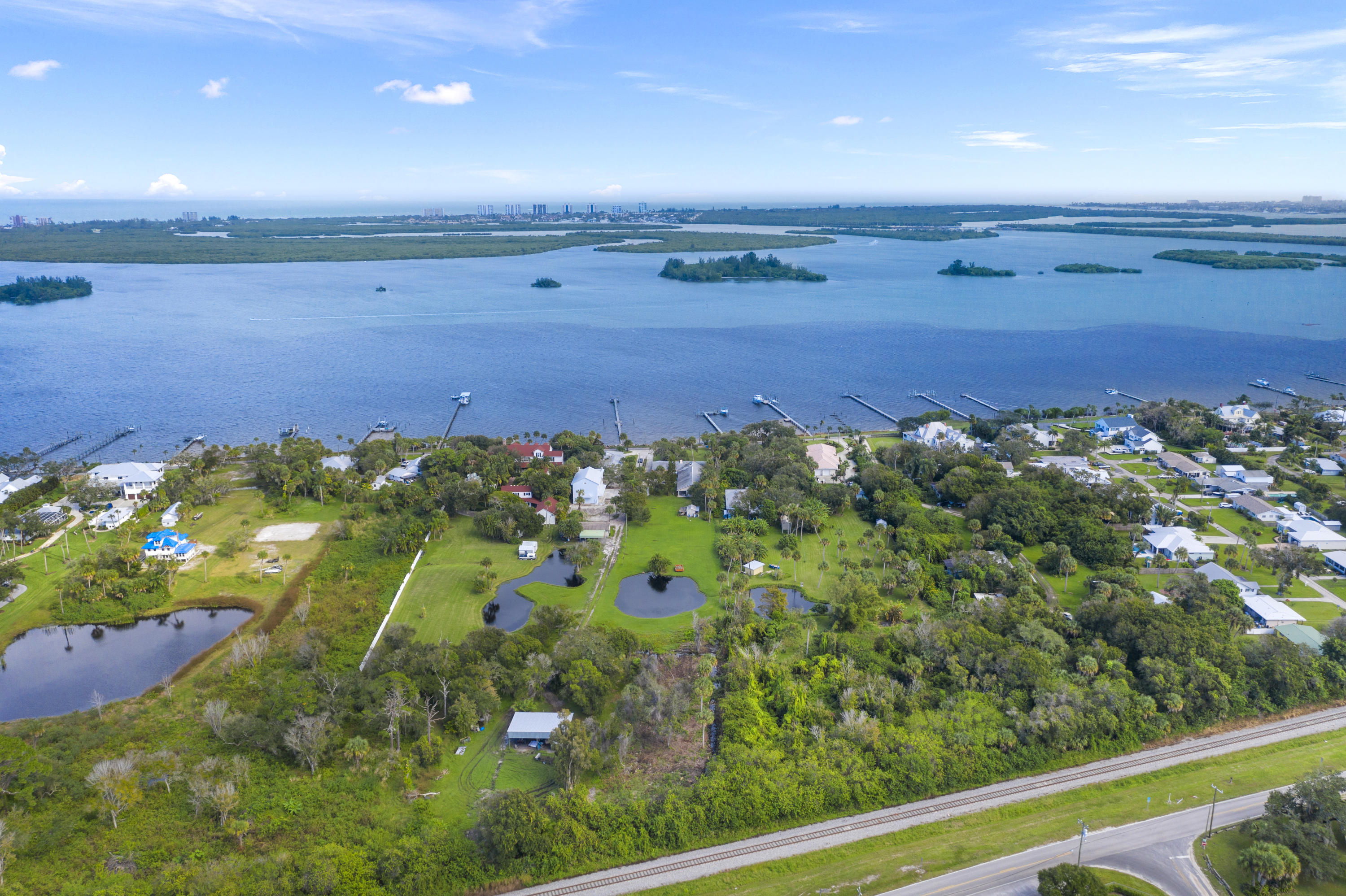 Image 58 For 2701 Indian River Drive N