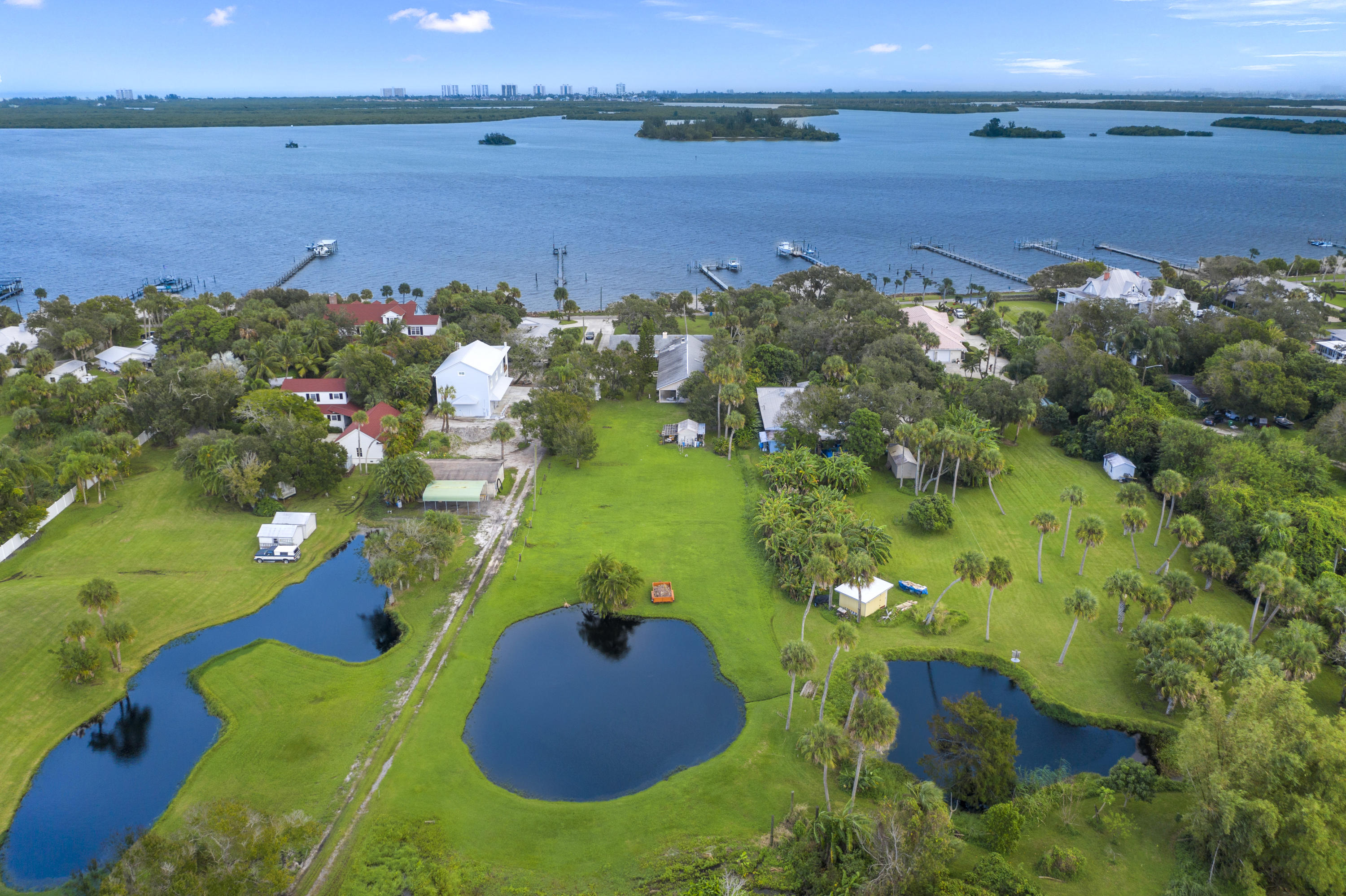 Image 60 For 2701 Indian River Drive N