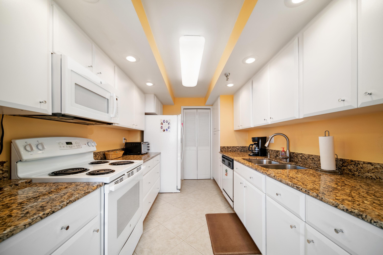 859  Jeffery Street 711 For Sale 10673725, FL
