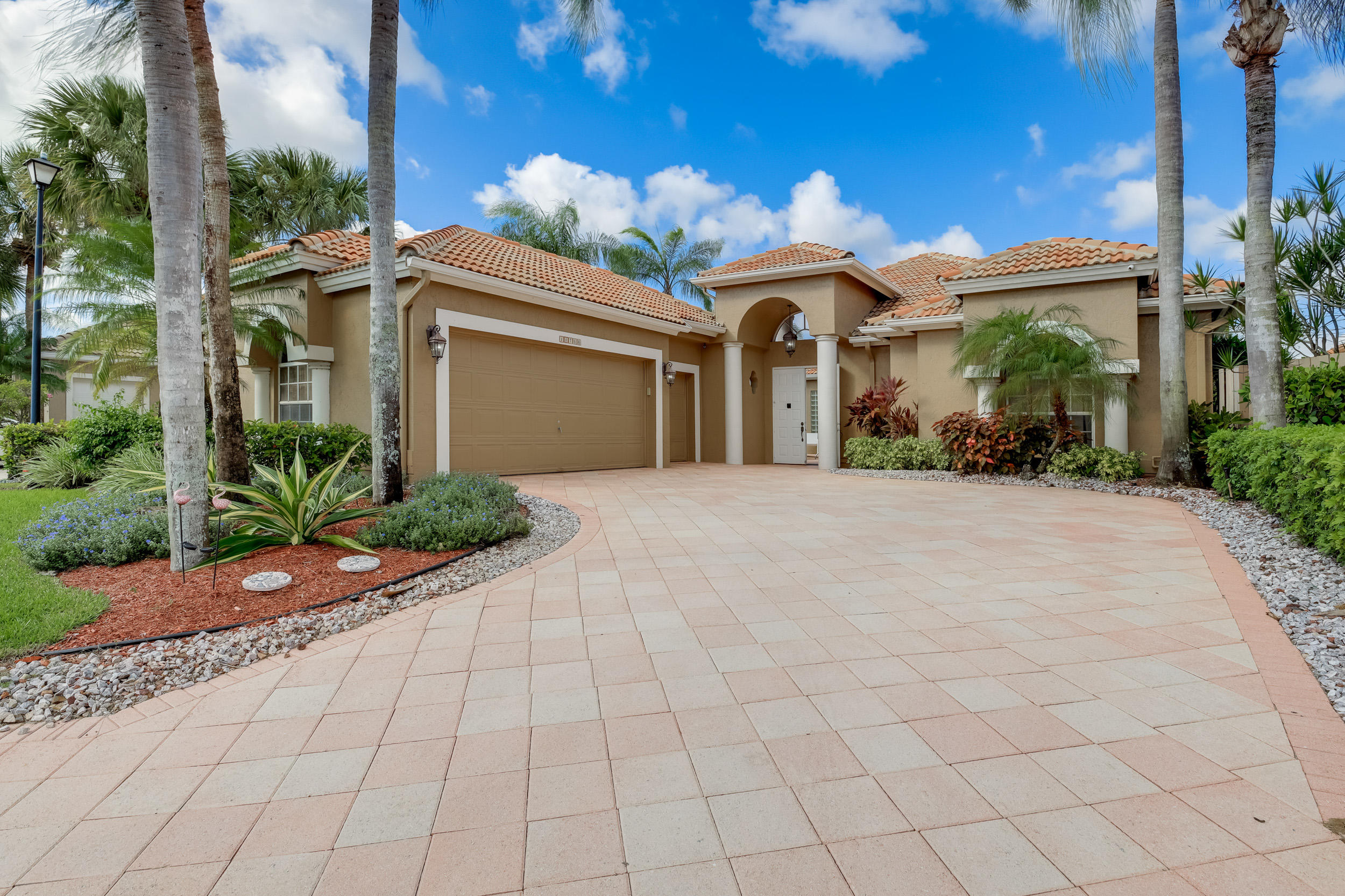 Image 1 For 10766 Greenbriar Villa Drive