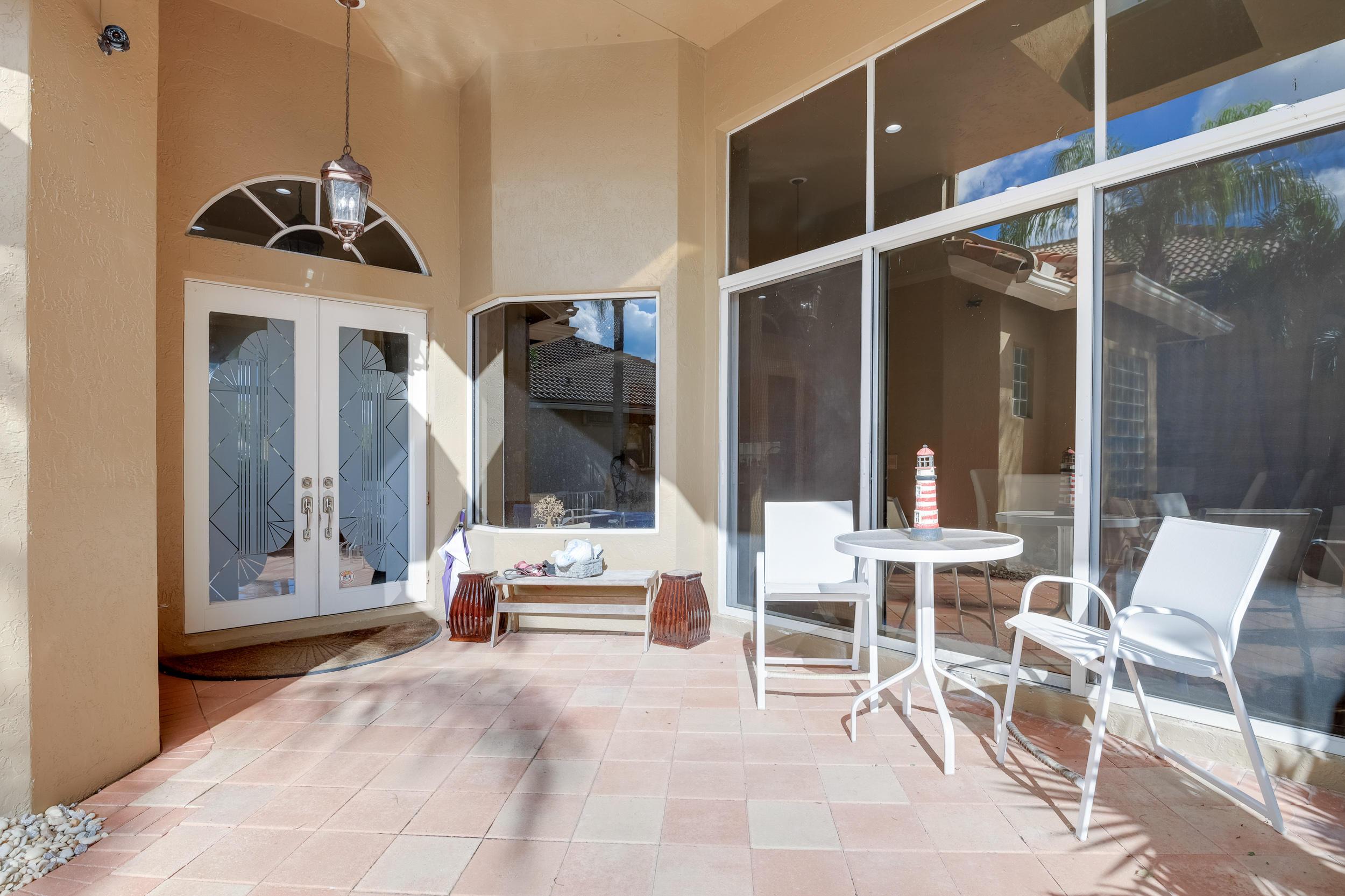 Image 8 For 10766 Greenbriar Villa Drive