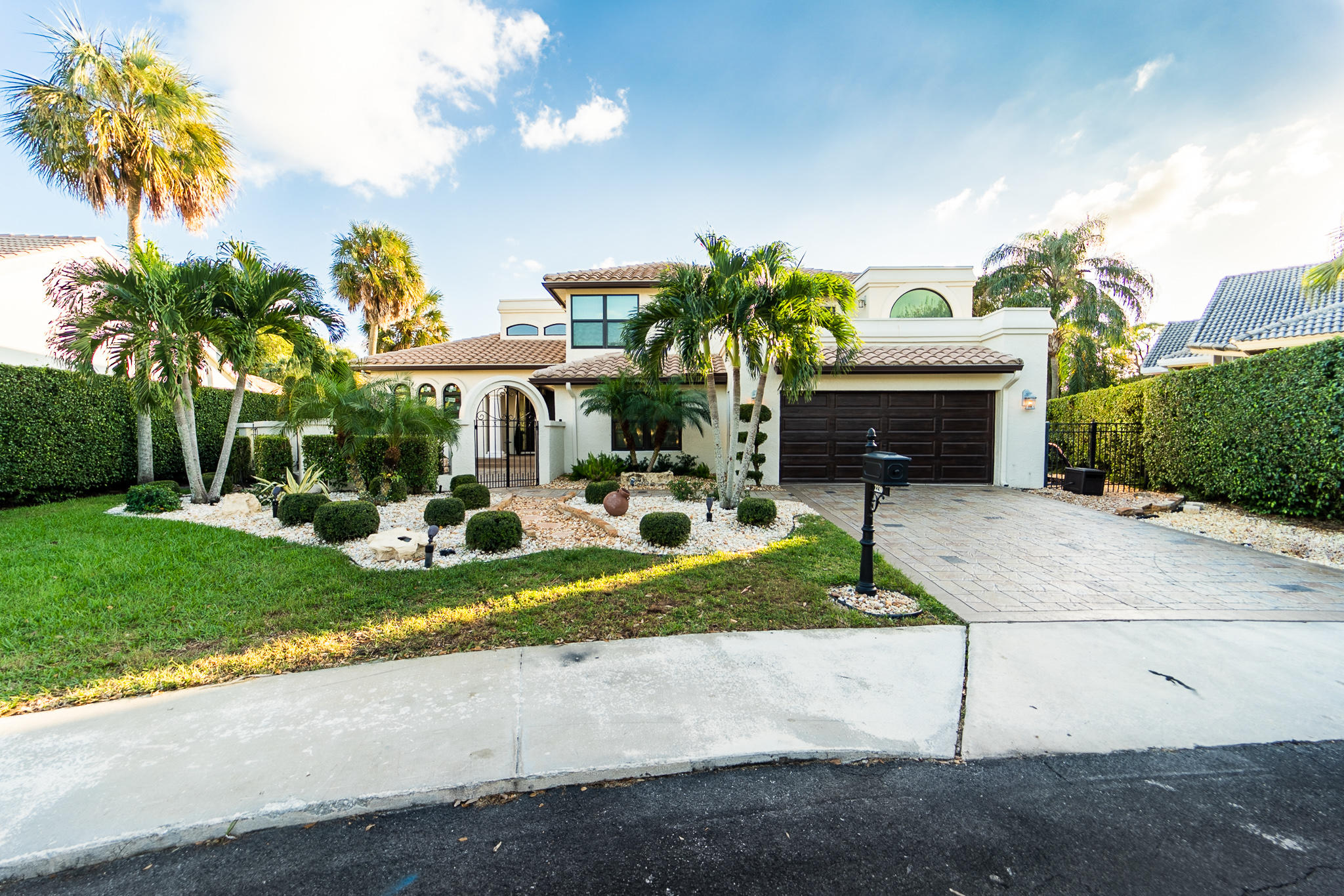 2230 SW 16th Place