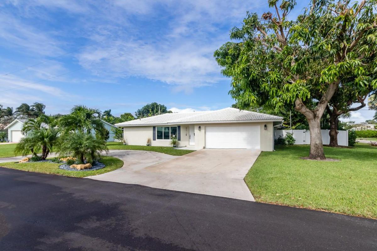Details for 611 Sunshine Drive, Delray Beach, FL 33444