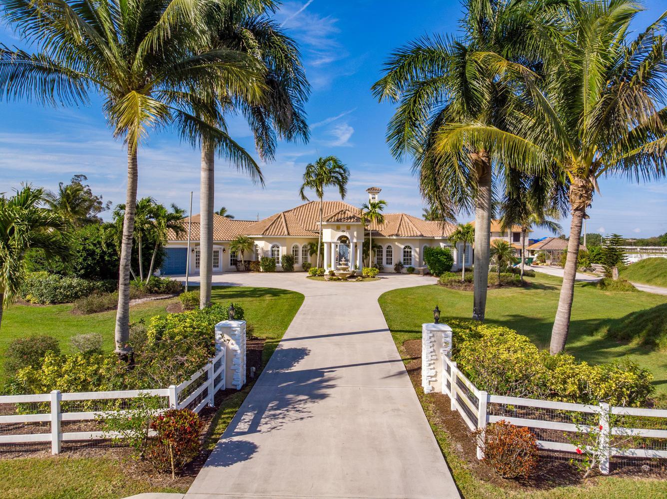 15411  Palma Lane  For Sale 10674092, FL