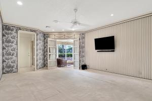 5859 Waterford Boca Raton FL 33496