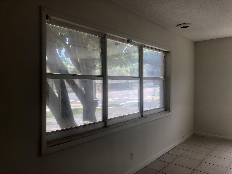 Image 3 For 715 Douglass Avenue
