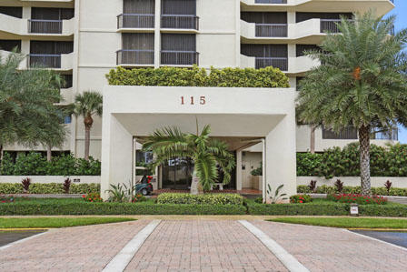 115  Lakeshore Drive 1248 For Sale 10674340, FL
