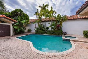 23093 Via Stel Boca Raton FL 33433