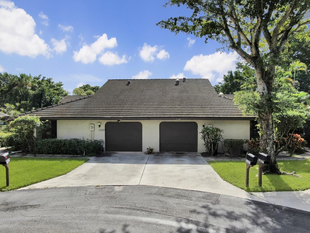 10122  Marwood Place  For Sale 10674997, FL