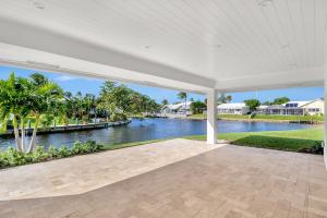 943 Sw Pepperridge Terrace Boca Raton FL 33486