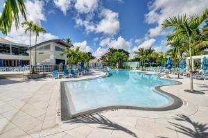 11 Glens Drive Boynton Beach FL 33436