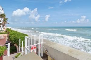 3590 S Ocean Boulevard, 410, South Palm Beach, FL 33480