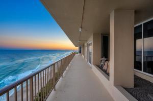1021 Hillsboro Mile Hillsboro Beach FL 33062