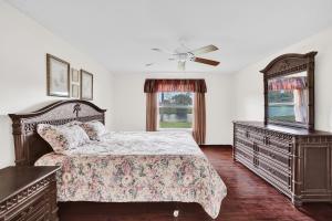 5342 Steven Road Boynton Beach FL 33472