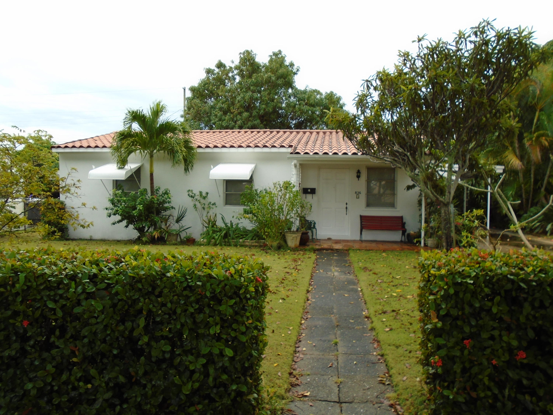 836  Glenridge Drive  For Sale 10676693, FL