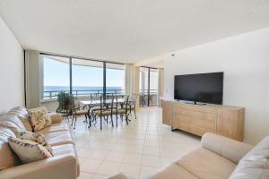 3560 S Ocean Boulevard, Ph-2, Palm Beach, FL 33480