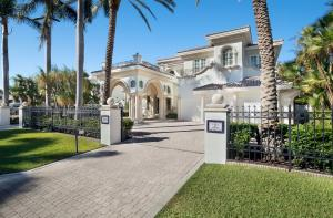 1131 Spanish River Road Boca Raton FL 33432