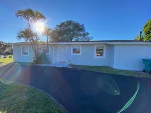 405 Sw 2nd Street Boynton Beach FL 33435