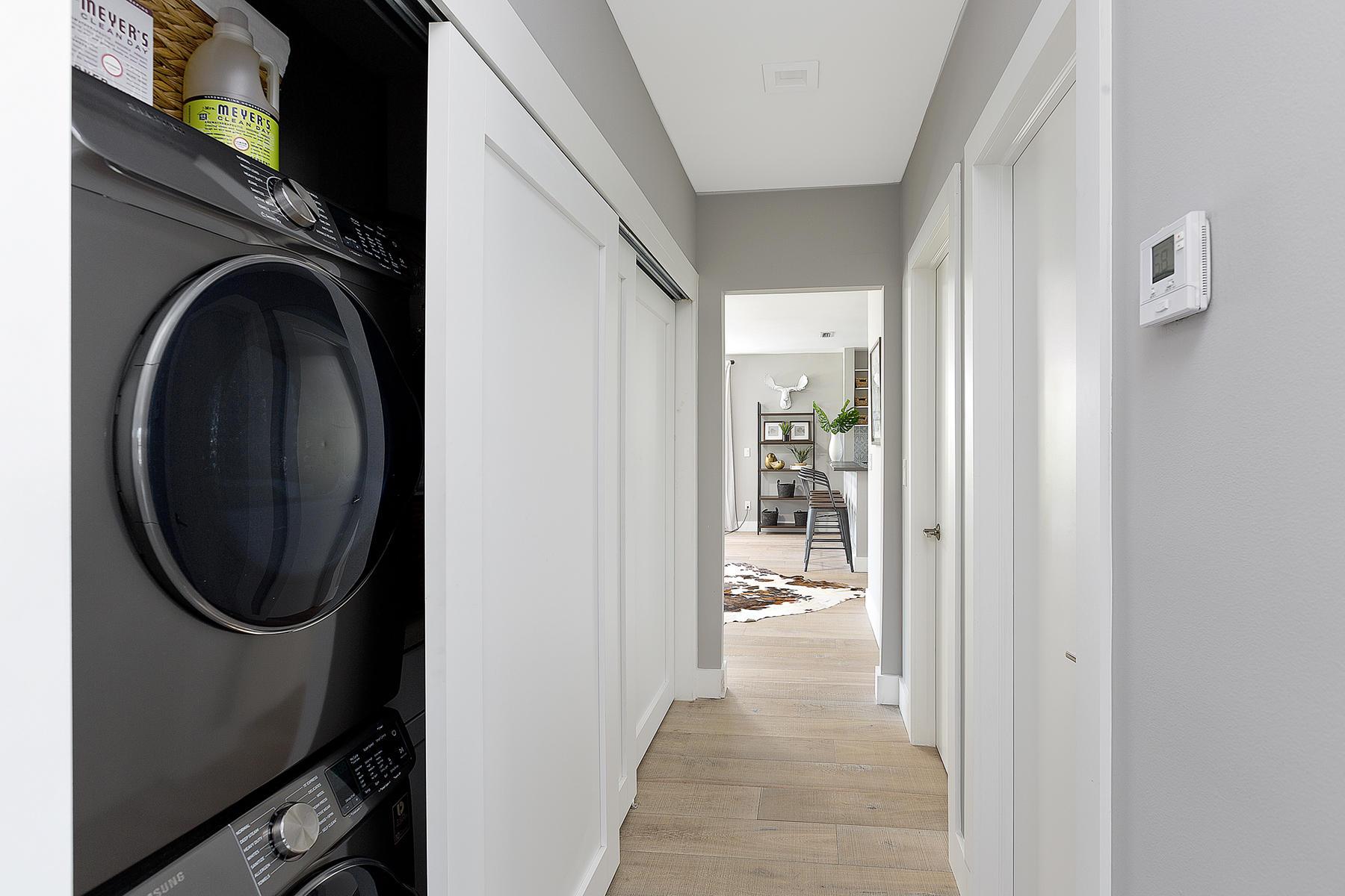 18_Hallway_Laundry