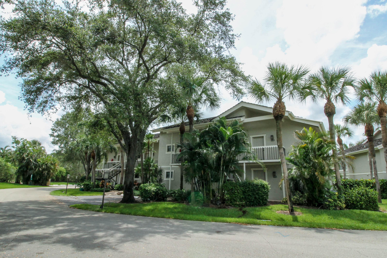 11863 Wimbledon Circle, Wellington, Florida 33414, 2 Bedrooms Bedrooms, ,2 BathroomsBathrooms,Condo/Coop,For Rent,PALM BEACH POLO,Wimbledon,1,RX-10677705