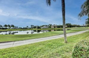 17128 Huntington Park Way Boca Raton FL 33496