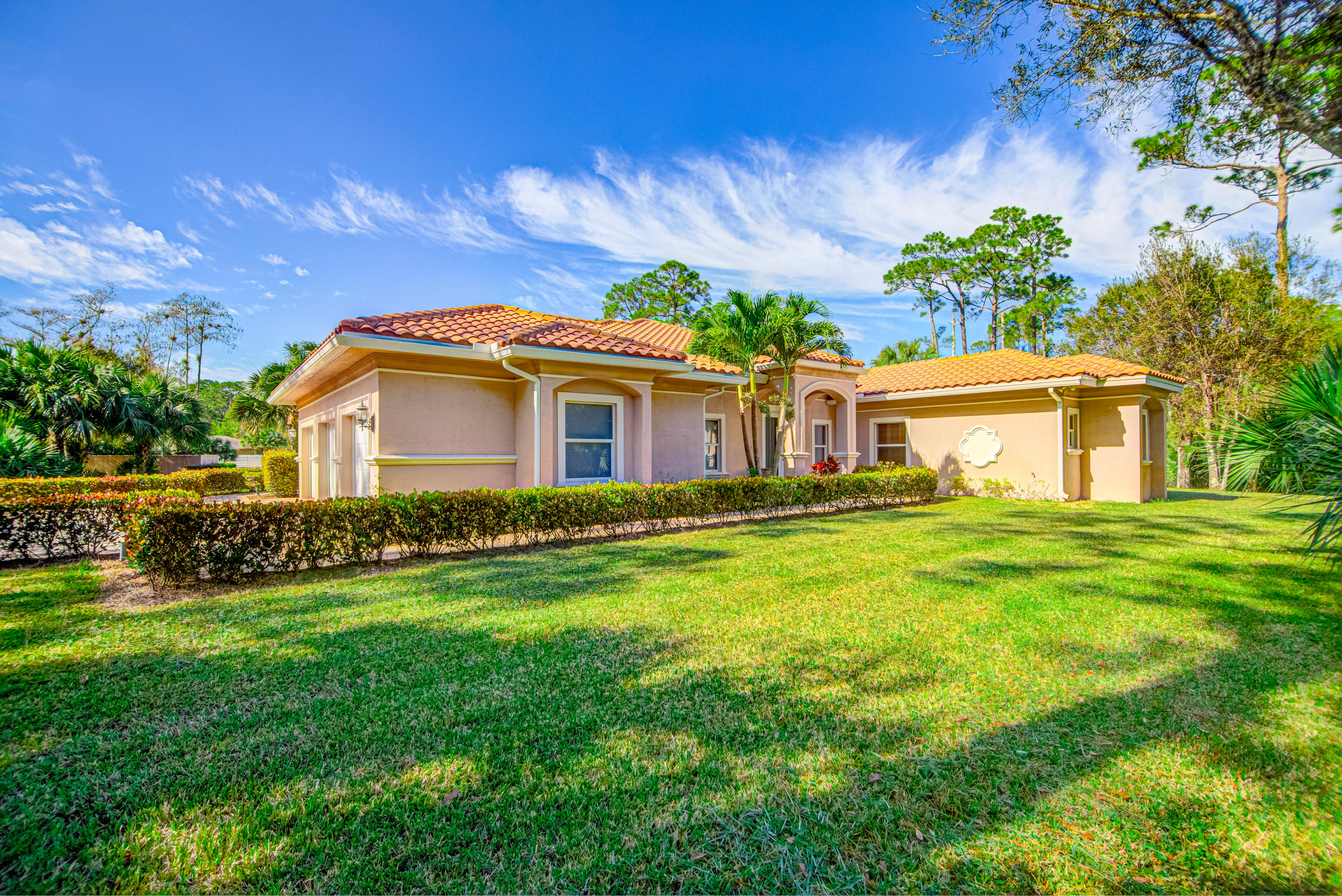 Loxahatchee Groves, Florida 33470, 6 Bedrooms Bedrooms, ,5 BathroomsBathrooms,Rental,For Rent,E,RX-10657358