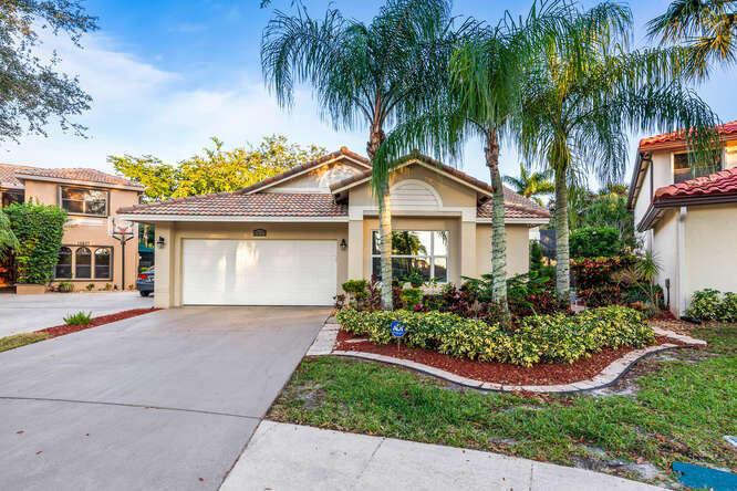 10633 Mendocino Lane Boca Raton, FL 33428