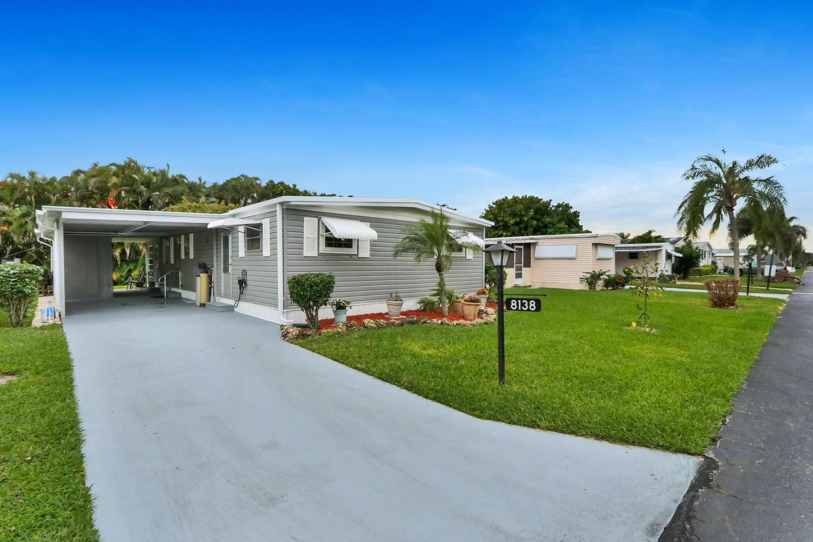 8138 South St, Boca Raton, FL, 33433